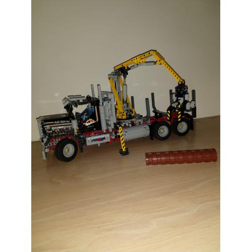 LEGO Technic Boomstammentransport